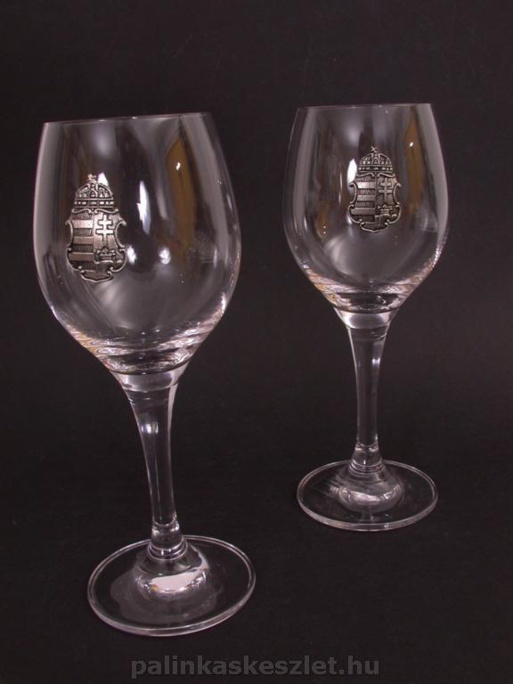 boros poharak ón címkével - címerrel