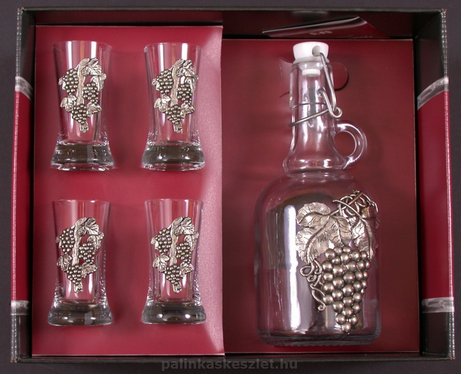 Törkölypálinka készlet díszdobozban, szőlőmintás ónrátéttel, Artina