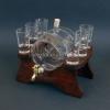 Pálinkás készlet 1 csapos hordóval, 6 pohárral barna színű fa állvánnyal
