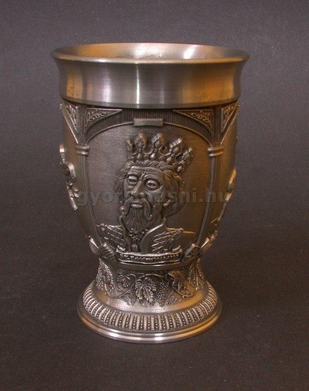 Boros pohár 95% tisztaságú ónból László Király emlékére